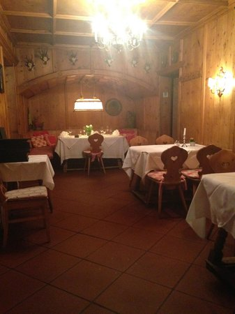 Hotel Sailer: One of the Dining Room