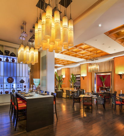 Sheraton Grande Sukhumvit, A Luxury Collection Hotel: basil Interior