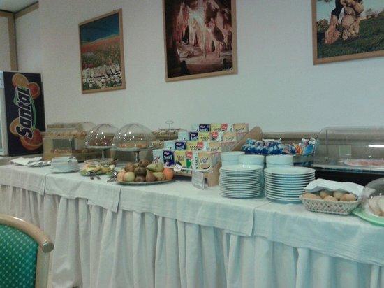 Park Hotel La Grave: Il buffet della colazione