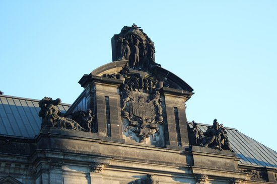 Katholische Hofkirche - Dresden: .....