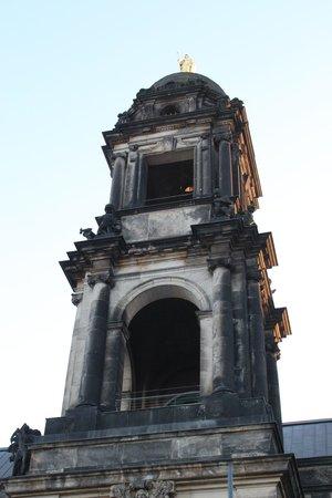 Katholische Hofkirche - Dresden: ))