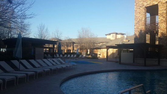 The Woodlands Resort: Pool
