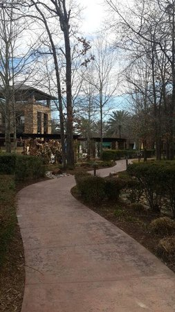 The Woodlands Resort: Entrance