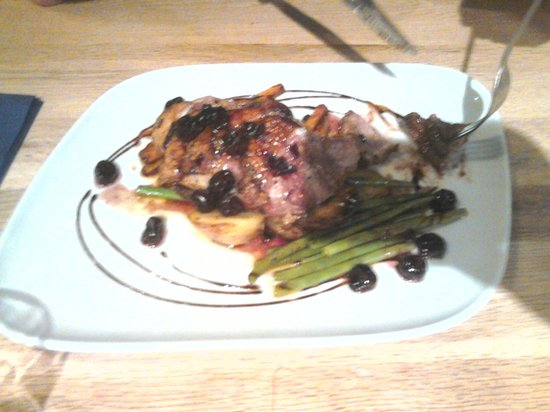 Sam's On The Beach : Confit of Duck, with Morello Cherries