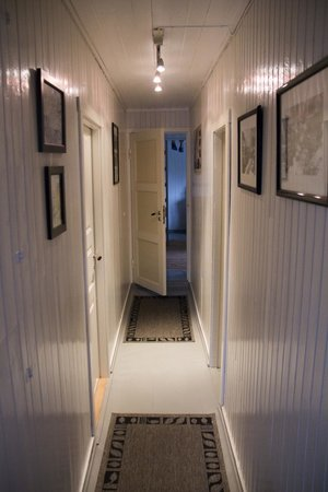Nusfjord Rorbuer: Hallway