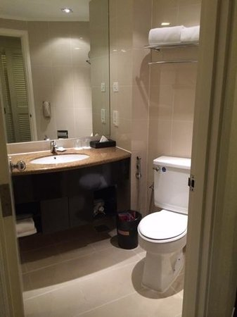 Hotel Novotel Kuala Lumpur City Centre : Bathroom of 1410