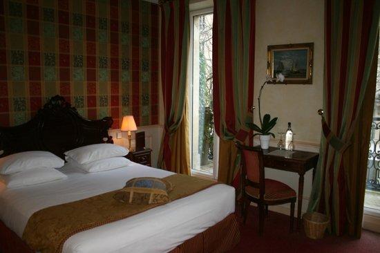 Relais Saint-Jacques: Room 202