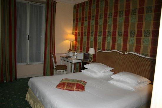 Relais Saint-Jacques: Room 203