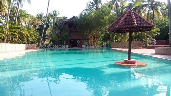 Rose Valley Port Blair Island Retreat: pool