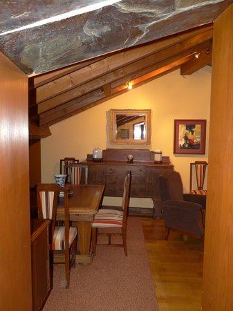 Casa Grande do Bachao: Salón de la suite, vista desde la entrada