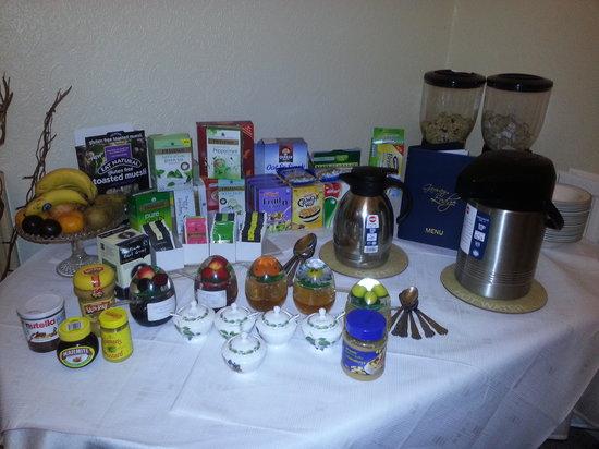 Garway Lodge: Fruit, Cereals and Jams