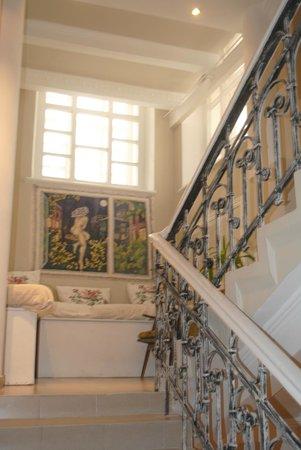 Bulgakov Hostel: Лестница