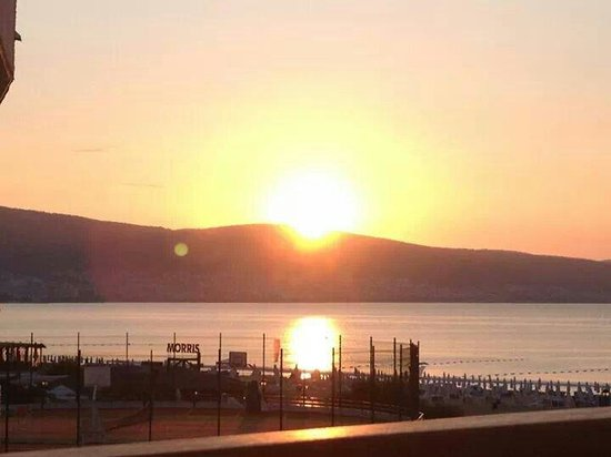 Hotel Riu Helios: Sunset from my balcony