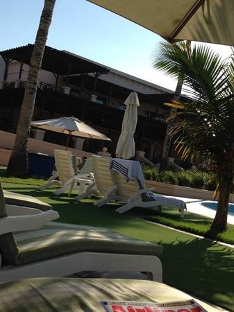 InterContinental Hotel Muscat : By the pool. up above is Trader Vics