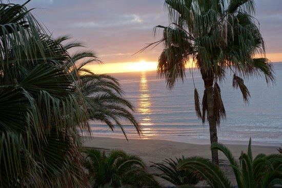 Sol Lanzarote All Inclusive: Amanecer desde la habitacion