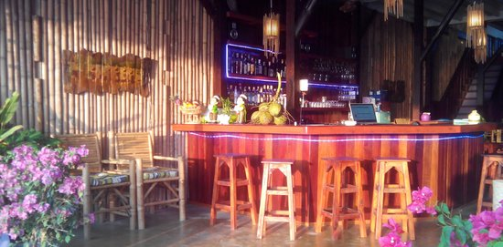 Nirvana Restaurant & Beach Bar