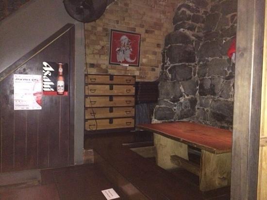 Kura Japanese Sake Bar: the inside