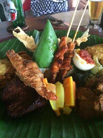 Hotel Tugu Bali: The Mixed Plate - awesome!