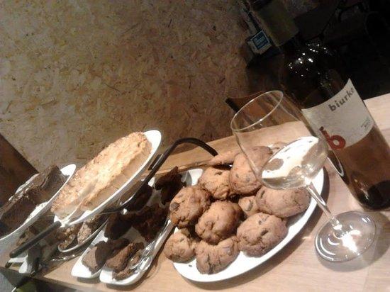 Katakrak: tartas y dulces