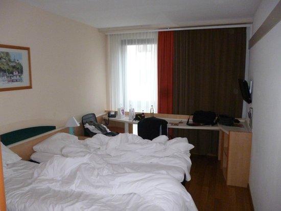 Ibis Bremen City: Das Zimmer
