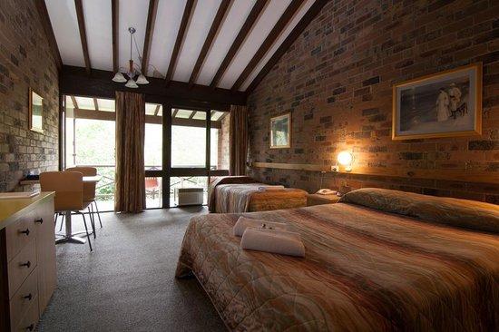 Avoca Beach Hotel & Resort: Treetops Resort - Garden Room