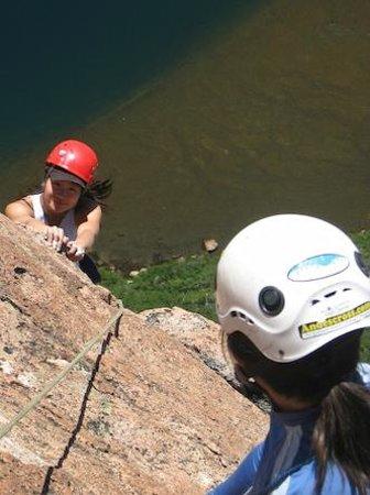 Andescross: climbing in bAriloche