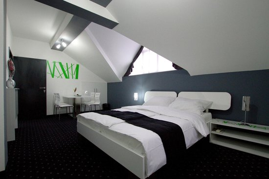Cool Rooms: Deluxe room
