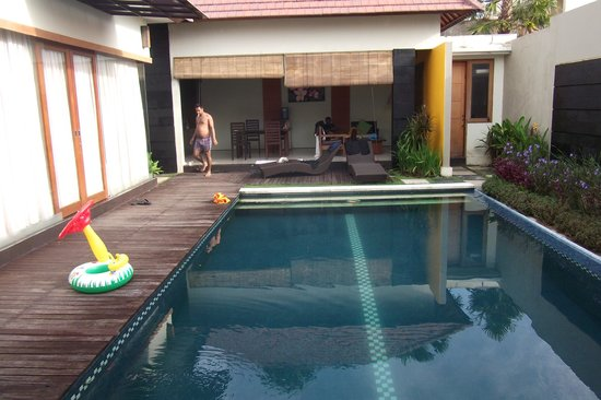 Bali Swiss Villa : the pool