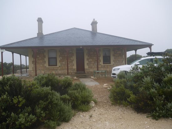 Cape du Couedic Lighthouse Keepers Heritage Accommodation: Troubridge Lodge
