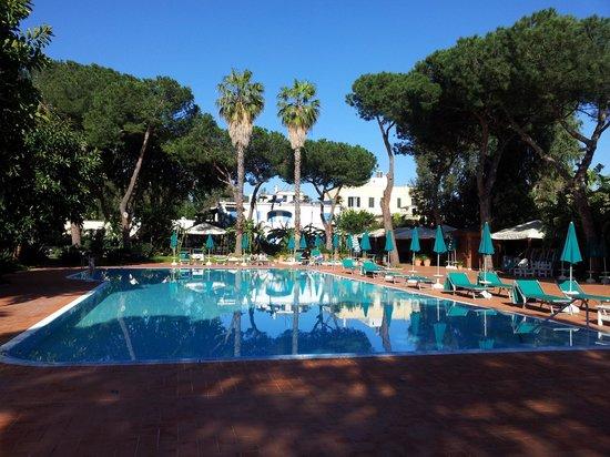 Grand Hotel delle Terme Re Ferdinando: piscina esterna