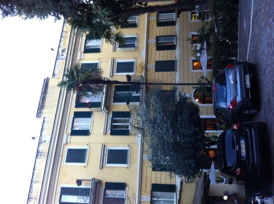 Villa San Lorenzo Maria Hotel : Hôtel vu de l'extérieur.