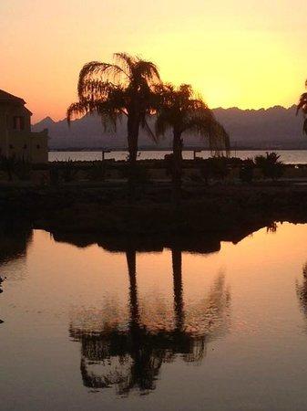 Kempinski Hotel Soma Bay : Sunset at the Laguna Club