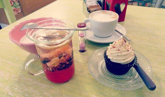 Ginger - Tea & Cakes : Ottima scelta ...cupcake red velvet