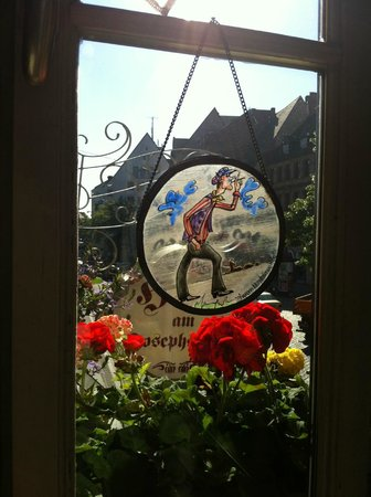Hotel Am Josephsplatz: Вид из окна