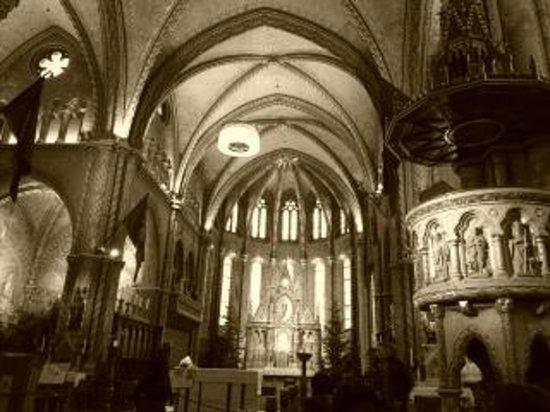 Basilique Saint-Étienne de Pest : 内装写真