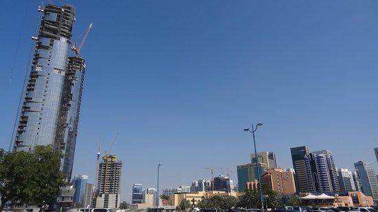 Sheraton Abu Dhabi Hotel & Resort : Das Sheraton-Hotel und sein Umfeld