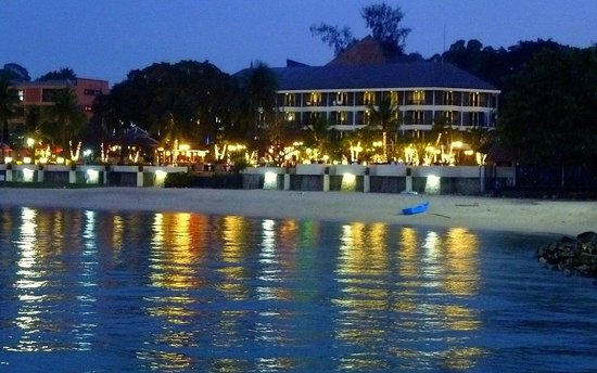 Siam Bayshore : beach side at evening, view from pier