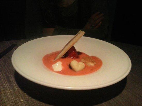 Restaurante Atriun: Tiramisu de fresa