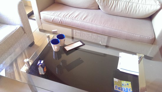 Cove Rotana Resort Ras Al Khaimah : No room service till 3 pm