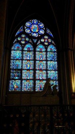 Cathédrale Notre-Dame de Paris : Notre Dame vetrata