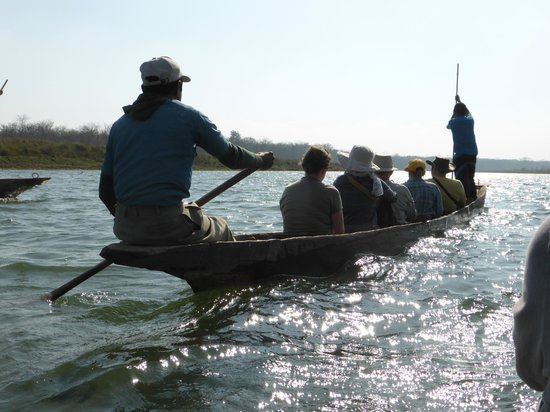 Narayani River : Dug out canoe