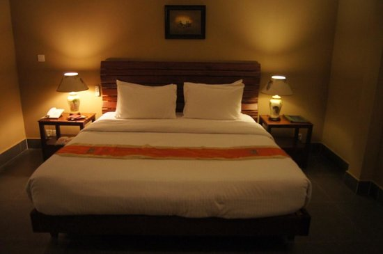 CCC Hotel: 3