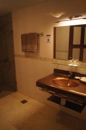 CCC Hotel: 5
