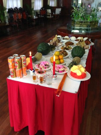 Sokhalay Angkor Villa Resort: Laid out at the Inn building for Chinese New Year