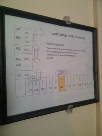 Econo Lodge Pembroke: Safety / evacuation plans were there