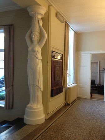 Hotel Navarra: hall d'entrée