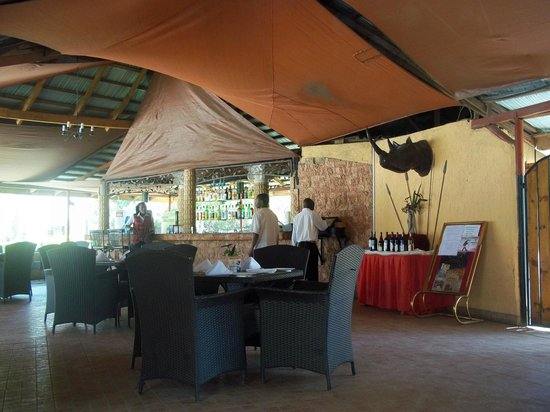 Sandalwood Hotel & Resort - Kitengela: Restaurant