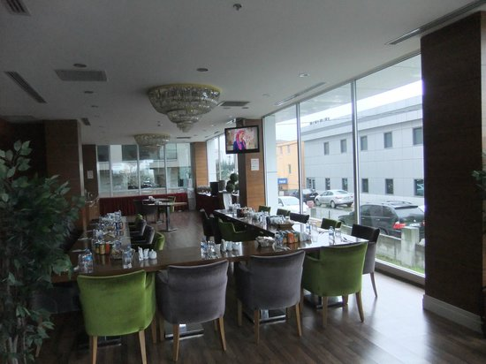 Asia Artemis Suite: lobby ve restoran