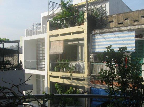 Thien Vu Hotel: Вид из окна...