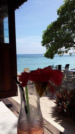 Breakas Beach Resort Vanuatu : view from the bar area